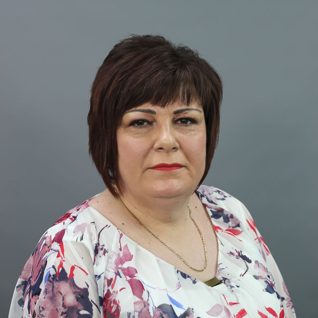 Debbie Johnson - Majors Accountants in Hull